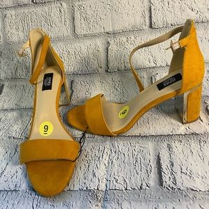 Women's shoes jones New York
